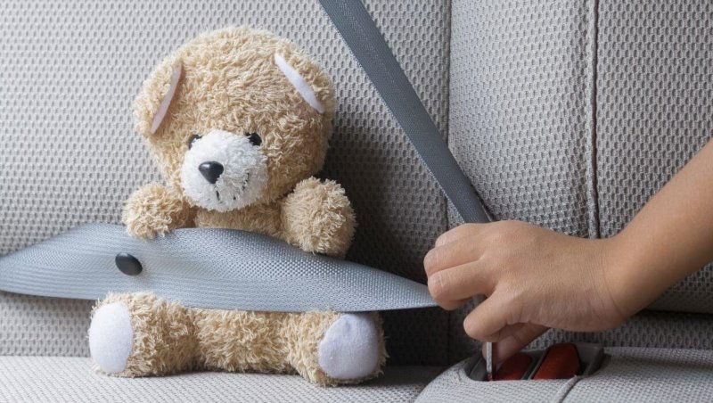 are uber drivers required to have car seats